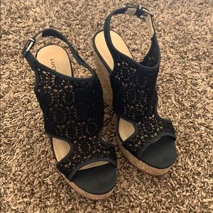 Lucky brand lace date night wedges size 8 black